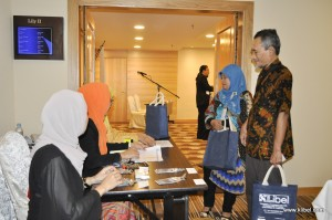 kuala-lumpur-international-business-economics-law-academic-conference-2017-malaysia-organizer-reg (3)