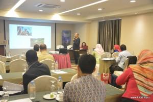 kuala-lumpur-international-business-economics-law-academic-conference-2017-malaysia-organizer-presentation (32)