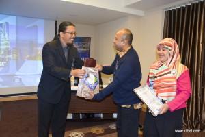 kuala-lumpur-international-business-economics-law-academic-conference-2017-malaysia-organizer-bestpaper (3)